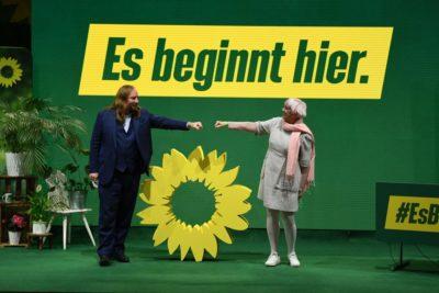 Toni Hofreiter und Claudia Roth am Parteitag